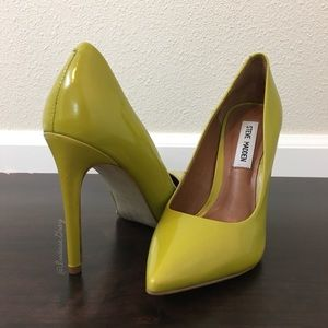 Steve Madden- Proto Heels In Yellow Leather SZ 6.5